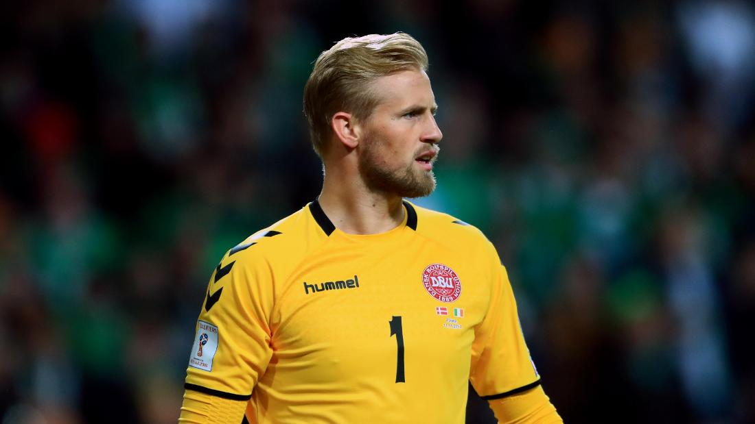Schmeichel Clean Sheet Seals Warm-Up Draw For Denmark 57fcab35c