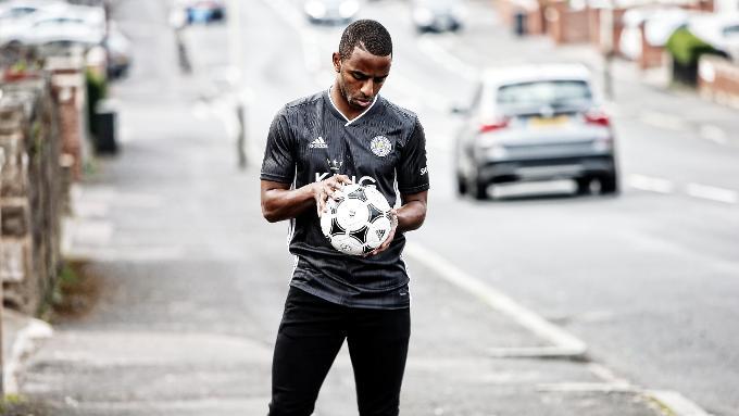 Leicester City's 2019/20 dark grey heather away shirt